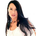 Jennifer Passavant – Intuitive Spiritual Life Coach and Energy Healing Practitioner
